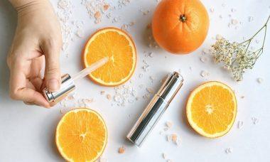 vitamin-c-trang-da-tri-tham-nam (1)